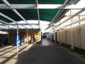 Galpon - Deposito En Venta En Ciudad Ojeda, Centro, Venezuela, VE RAH: 17-9190