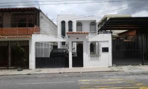 Casa En Venta En Barquisimeto, Parroquia Concepcion, Venezuela, VE RAH: 17-9166