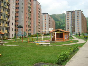 Apartamento En Venta En Municipio San Diego, Montemayor, Venezuela, VE RAH: 17-9169