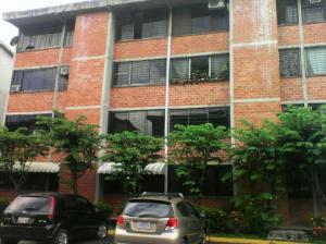Apartamento En Alquiler En Guarenas, Ciudad Casarapa, Venezuela, VE RAH: 17-9180