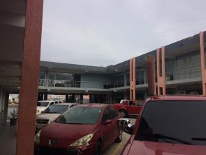 Local Comercial En Venta En Punto Fijo, Puerta Maraven, Venezuela, VE RAH: 17-9201