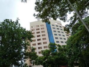 Apartamento En Venta En Valencia, La Trigaleña, Venezuela, VE RAH: 17-9206