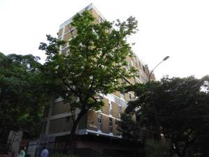 Apartamento En Venta En Caracas, Colinas De Bello Monte, Venezuela, VE RAH: 17-9556
