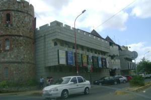 Local Comercial En Alquileren Coro, Av Manaure, Venezuela, VE RAH: 17-9247
