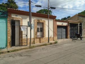 Casa En Venta En Valencia, Centro, Venezuela, VE RAH: 17-9634