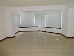 Apartamento En Venta En Caracas - Valle Arriba Código FLEX: 17-9275 No.9