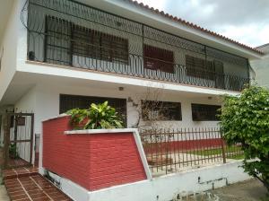 Apartamento En Ventaen Valencia, Trigal Centro, Venezuela, VE RAH: 17-9400