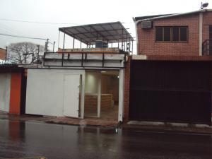 Local Comercial En Alquiler En Maracay, Zona Centro, Venezuela, VE RAH: 17-9265
