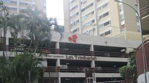 Apartamento En Alquiler En Caracas, Santa Fe Norte, Venezuela, VE RAH: 17-9272