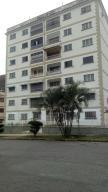 Apartamento En Venta En Valencia, Trigal Centro, Venezuela, VE RAH: 17-9203