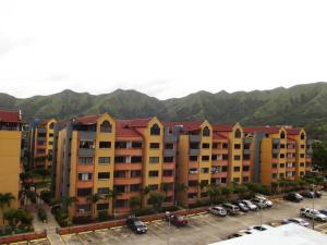 Apartamento En Venta En Municipio San Diego, Poblado De San Diego, Venezuela, VE RAH: 17-9304