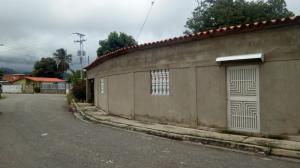 Casa En Ventaen San Joaquin, Villas Del Centro, Venezuela, VE RAH: 17-9306