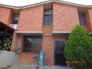 Casa En Venta En Guarenas, Nueva Casarapa, Venezuela, VE RAH: 17-9320