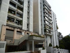 Apartamento En Venta En Caracas, Lomas Del Avila, Venezuela, VE RAH: 17-9326