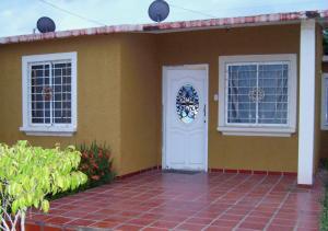 Casa En Venta En Municipio San Francisco, El Soler, Venezuela, VE RAH: 17-9329