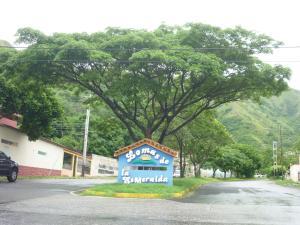Casa En Venta En Municipio San Diego, La Esmeralda, Venezuela, VE RAH: 17-9336