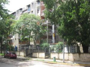 Apartamento En Venta En Maracay, Parque Aragua, Venezuela, VE RAH: 17-9353