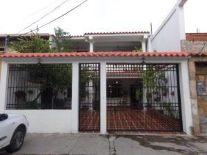 Casa En Venta En Municipio San Diego, El Remanso, Venezuela, VE RAH: 17-9561