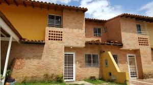 Townhouse En Venta En Municipio Naguanagua, Manantial, Venezuela, VE RAH: 17-9398
