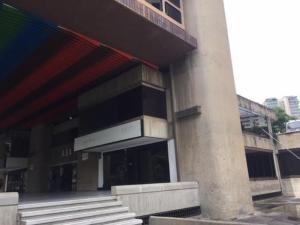 En Alquiler En Caracas - Las Mercedes Código FLEX: 17-9386 No.2