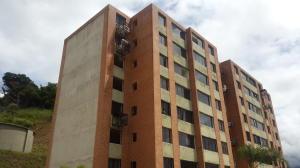 Apartamento En Venta En Caracas, Los Naranjos Humboldt, Venezuela, VE RAH: 17-9397