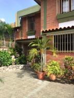 Casa En Venta En Caracas, El Marques, Venezuela, VE RAH: 17-9402