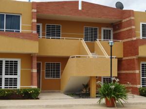 Apartamento En Venta En Chichiriviche, Flamingo, Venezuela, VE RAH: 17-9411