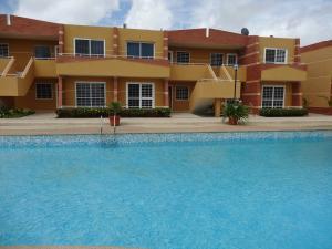 Apartamento En Venta En Chichiriviche, Flamingo, Venezuela, VE RAH: 17-9412