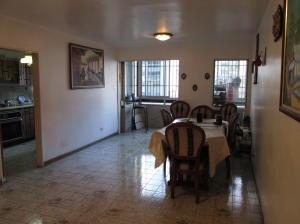 Apartamento En Venta En Caracas, Chacao, Venezuela, VE RAH: 17-9745