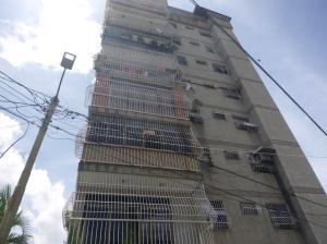 Apartamento En Ventaen Guatire, Guatire, Venezuela, VE RAH: 17-9491