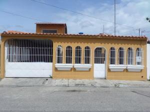 Casa En Venta En Cabudare, Valle Hondo, Venezuela, VE RAH: 17-9493