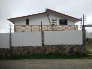 Casa En Ventaen Parroquia Carayaca, Almendron, Venezuela, VE RAH: 17-7069