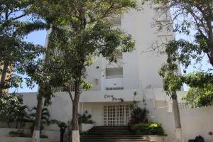Apartamento En Venta En Parroquia Caraballeda, Caribe, Venezuela, VE RAH: 17-9566