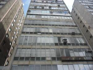 Apartamento En Venta En Valencia, Centro, Venezuela, VE RAH: 17-9567