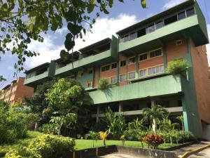 Apartamento En Alquiler En Caracas, Los Campitos, Venezuela, VE RAH: 17-9574