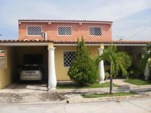 Casa En Ventaen San Joaquin, La Pradera, Venezuela, VE RAH: 17-9579