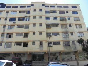 Apartamento En Venta En Caracas, Santa Eduvigis, Venezuela, VE RAH: 17-9596