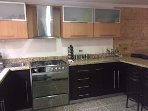 Casa En Venta En Maracaibo, Rosaleda, Venezuela, VE RAH: 17-9583