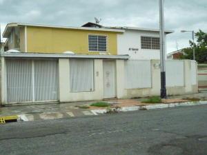 Casa En Venta En Maracay, San Jacinto, Venezuela, VE RAH: 17-9601