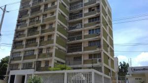 Apartamento En Ventaen Maracaibo, Paraiso, Venezuela, VE RAH: 17-9616