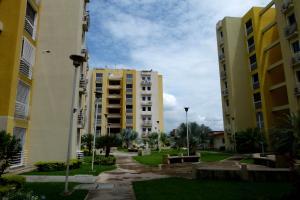 Apartamento En Venta En Maracay, La Morita, Venezuela, VE RAH: 17-9608