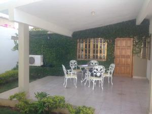 Casa En Venta En Punto Fijo, Puerta Maraven, Venezuela, VE RAH: 17-9642