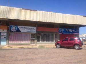 Local Comercial En Venta En Punto Fijo, Caja De Agua, Venezuela, VE RAH: 17-9643