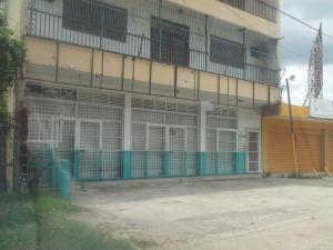 Local Comercial En Alquiler En Municipio Libertador, Parroquia Tocuyito, Venezuela, VE RAH: 17-9695