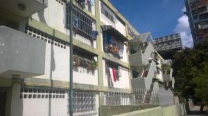 Apartamento En Venta En Caracas, Parroquia 23 De Enero, Venezuela, VE RAH: 17-9741