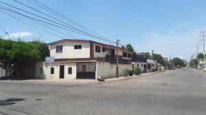 Casa En Venta En Maracaibo, 18 De Octubre, Venezuela, VE RAH: 17-9746