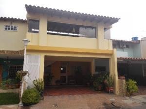 Casa En Venta En Cabudare, Parroquia Cabudare, Venezuela, VE RAH: 17-9756