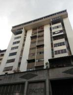 Apartamento En Venta En Caracas, Parroquia La Candelaria, Venezuela, VE RAH: 17-9767