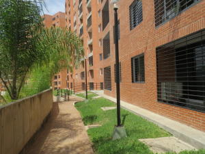 Apartamento En Alquiler En Caracas, Colinas De La Tahona, Venezuela, VE RAH: 17-9797