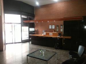 Apartamento En Venta En Caracas - Sabana Grande Código FLEX: 17-9803 No.14